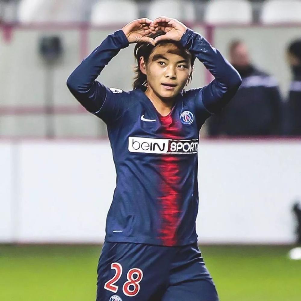 中国足球再获喜讯!王霜被选2月法甲女足最佳球员,获法媒高评价
