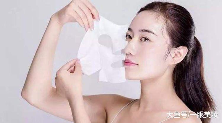 敷面膜容易犯的3种错误,经常犯导致皮肤越敷越差