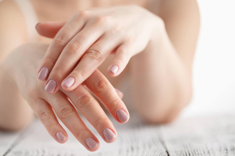 碳酸氢钠的优点,有助于浑洁头发,使头发和婉有光芒