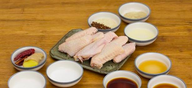 鸡翅最好吃的做法, 不用一滴油, 香而不腻, 孩子超爱吃!