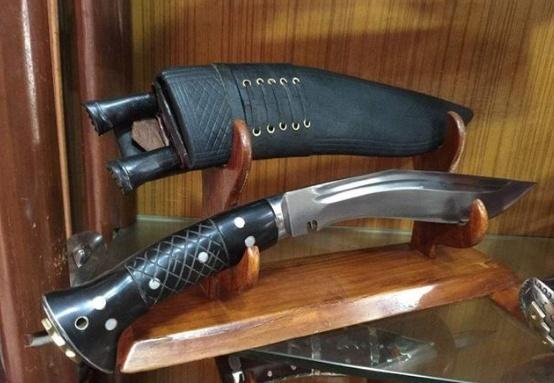 现代世界三宝刀:凶猛了我的国!那把刀削铜断铁,比煞他国两把刀