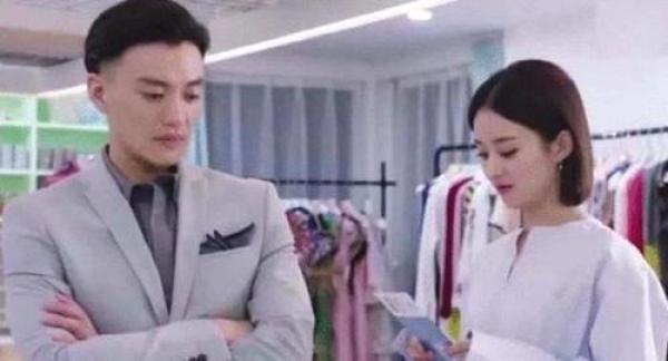 赵丽颖出道不愿和他拍戏,他却宠了赵丽颖十几年,章子怡成他迷妹