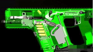 绝地求生最高射速枪械,现实每分钟1200发,1.3秒打光弹匣