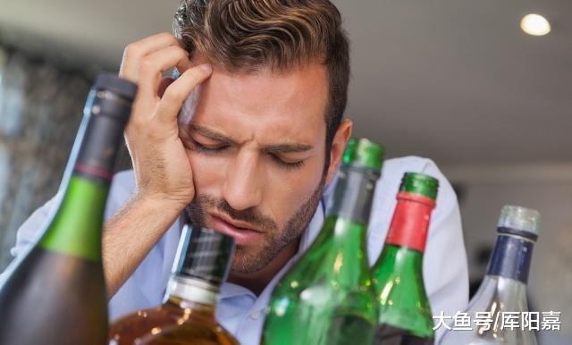 """专家:它才是肝癌的""""最爱"""",若论致癌水平,饮酒和熬夜皆靠边站"""
