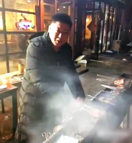 扶不起带不动,赵本山力捧整整12年,如今路边卖烧烤追求死计