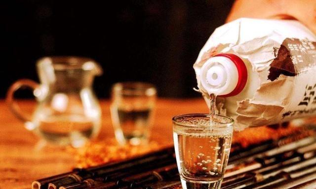 白酒的留存办法,第一步很枢纽,第一步选错了即是白留存