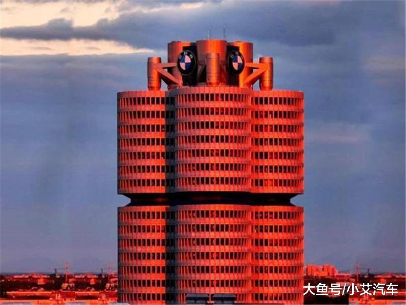 夕阳下的宝马大楼,待飞的航天飞机成电池,残阳之下尽显时代的荒凉!