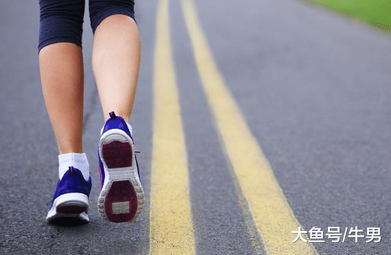 想要练出美腿, 深蹲和跑步哪一个更有用呢