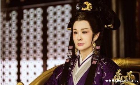 """74岁潘迎紫晒近照,比刘晓庆还隐年青,实不愧是""""冻龄女神"""""""