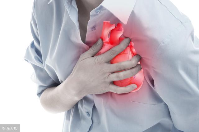 睡觉时有4种表现, 十有八九是心不好, 三类人及早检查, 以防心梗