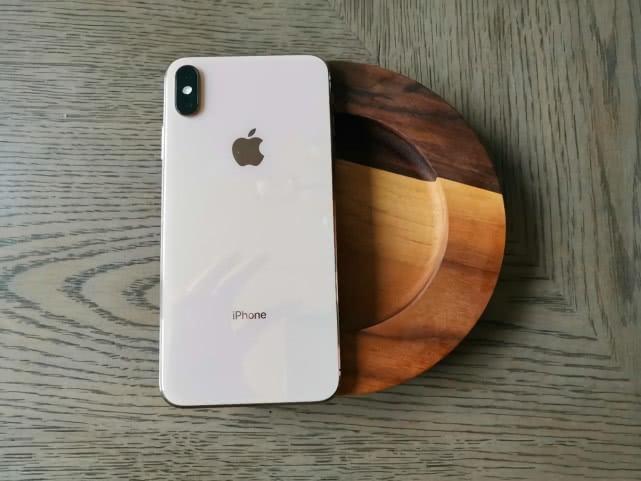 """价格再次跌至""""新低价"""",iPhoneXSMax死而复燃?或许很难!"""