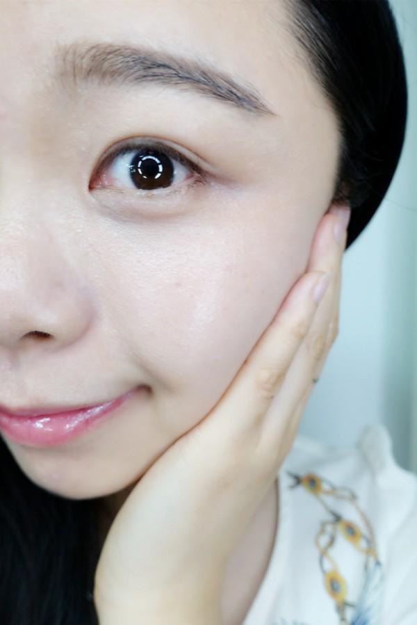 """""""不起眼""""的泰国洗面奶,皮肤越洗越白,全是维生素,又卖断货了"""