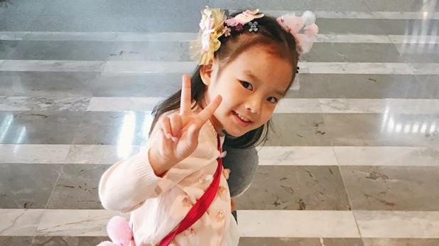泰星Aff:虽然女儿在学校适应很好,但还是怕她记住不好的话!