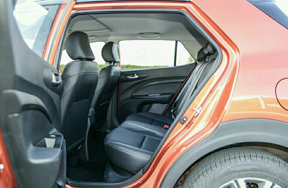 又俊又省油, 合伙SUV仅卖6万多, 让宝骏510情何故堪?