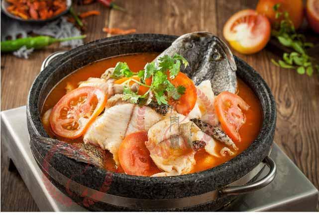 餐饮趋向,传统强势品类已下滑,鱼肉、养死菜等快速成长