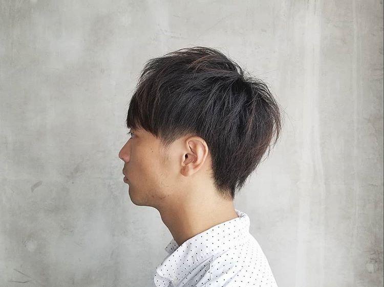适合90后的男士发型,不长不短才时尚