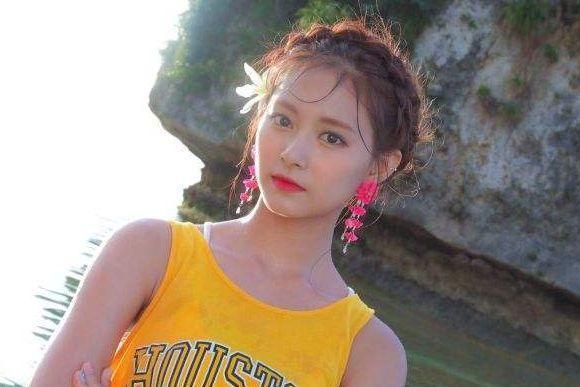 具有着统一饭圈好貌的她火了! 好过子瑜, 身世SM却更合适JYP?