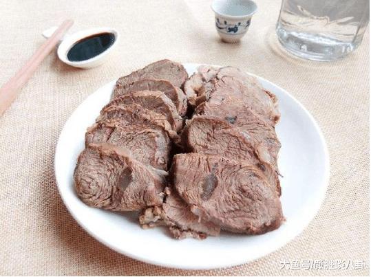 菜市场死牛肉42元一斤, 煮生后卖15元, 吃过的人透露表现: 不购是愚子