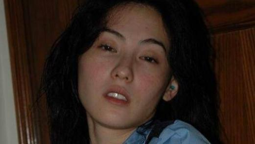 继张柏芝和阿娇后,又一女星被曝出与陈冠希合照,网友:深藏不露!