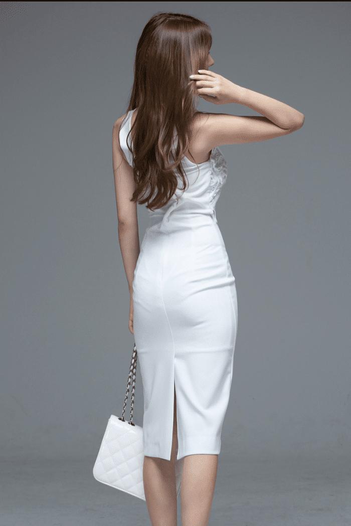 白色款连衣裙,文雅天然是女人的最爱