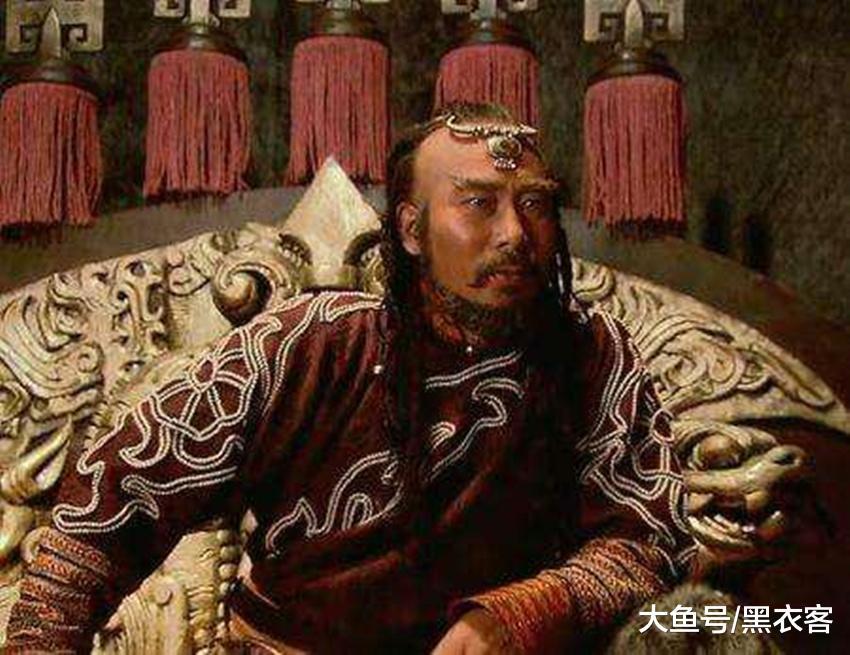 这位皇帝在撤退时不忘宠幸嫔妃,没想到丧命,死后被制作成一道菜