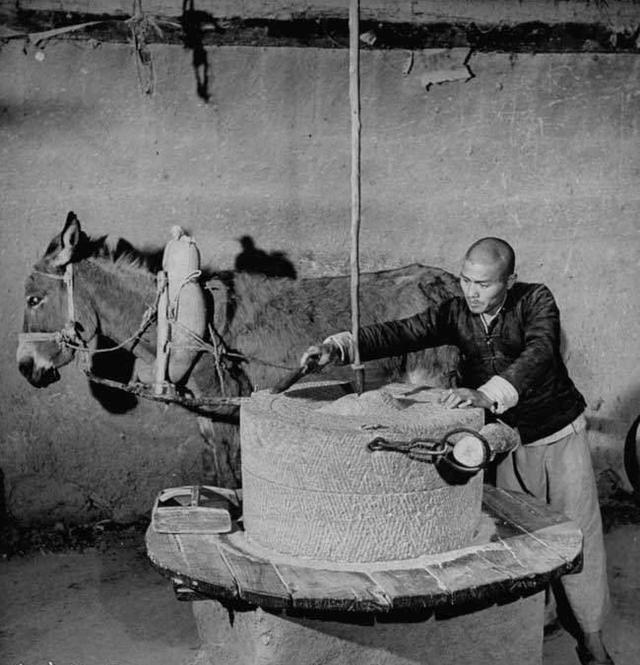 一组老照片:1947年,日本投降后的中国老百姓生活