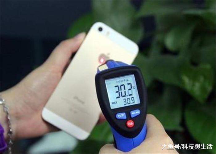 手机电量剩余多少充合适?记住这个数值,几亿人还没重视!
