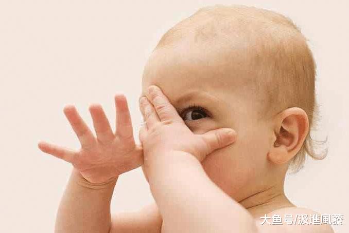 宝宝胆子小怎么办?别让自己成为小孩胆小的凶手