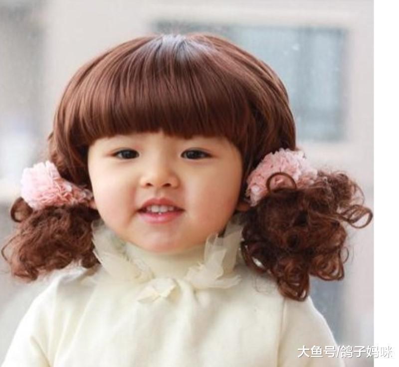 小孩烫发染发像芭比娃娃?可爱背后的伤害你知道吗?