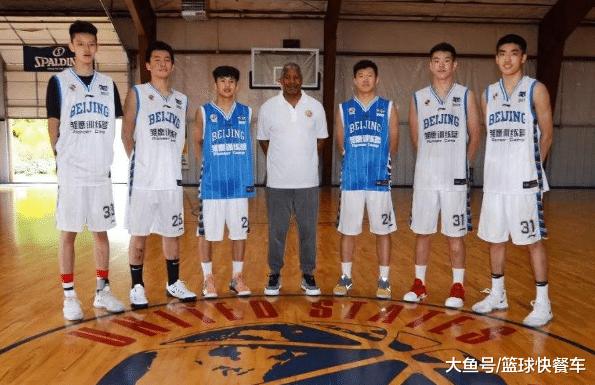 男篮又1天赋赴好打球!16岁少年获名校亲睐 天赋被好国承认