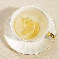冰柠檬加水