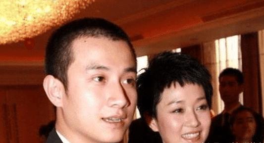 叫前夫已经过时了,看马伊琍怎么叫文章,网友:上海女人真厉害