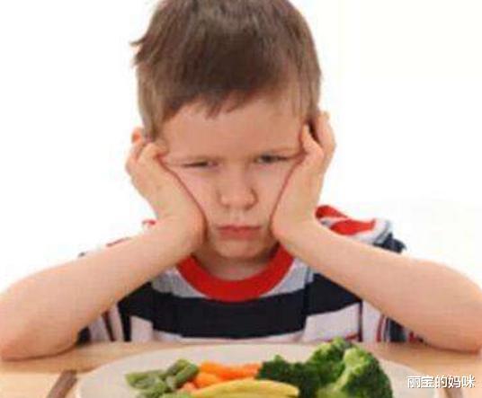 让孩子爱上吃饭,掌握这几个技巧,变身小吃货