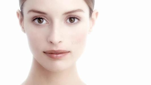 浅谈洁面护肤,你知道脸部清洁分为哪些歩奏吗?你了解我们脸部的污垢特性吗?
