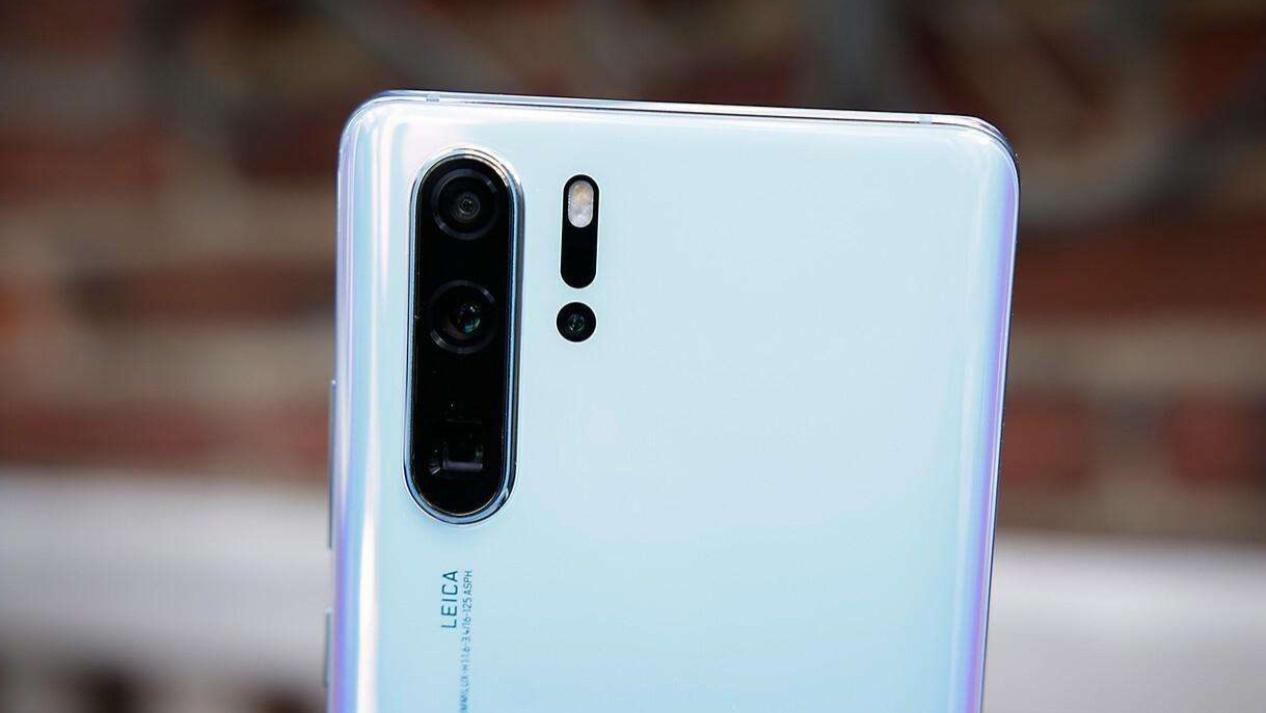 不建议入手的三款华为手机,型号相似,配置却大幅缩水!
