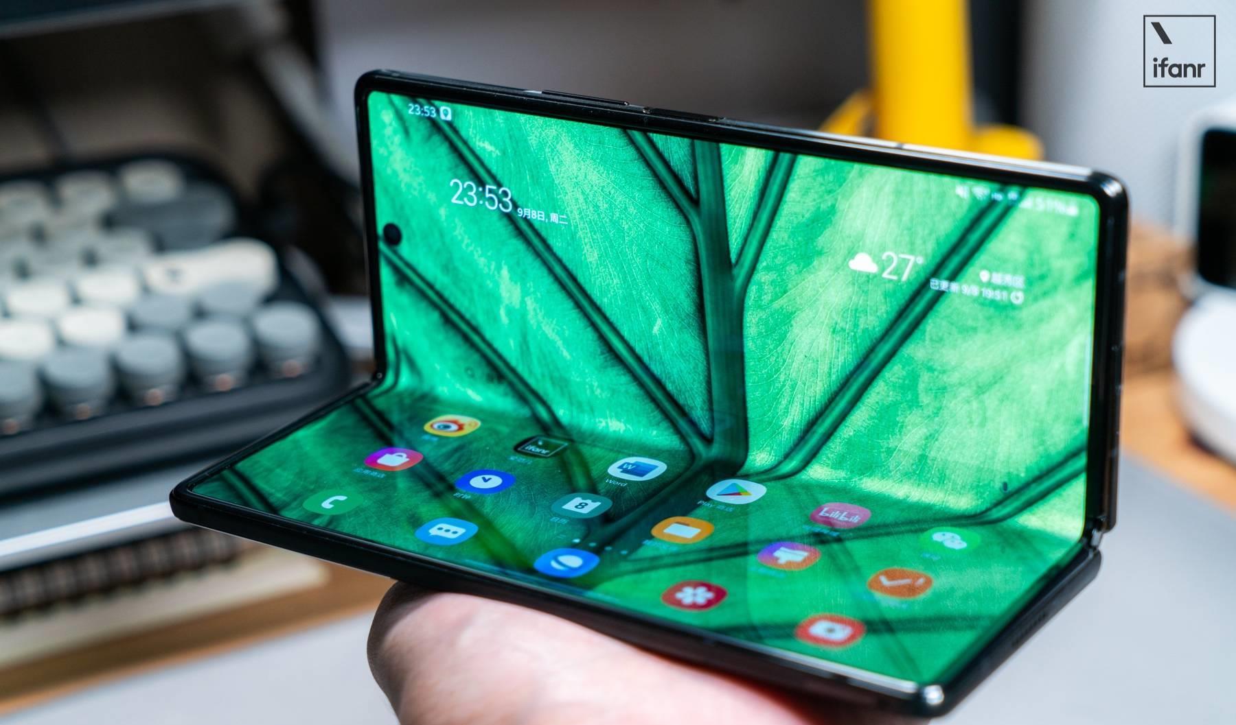 三星 Galaxy Z Fold2 5G 上手:这才是我们想要的折叠屏手机