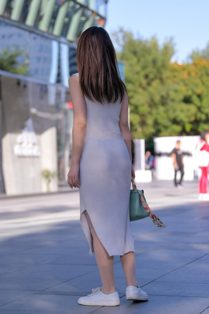 椭圆形的领口设计,只可惜不是裤子,换另一设计更完美了插图12
