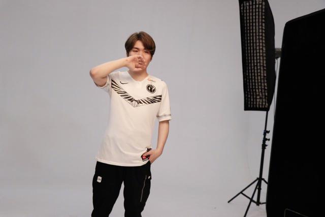 《【煜星在线娱乐】JJB 英雄联盟:IG状态持续低迷,Rookie依旧无力回天》