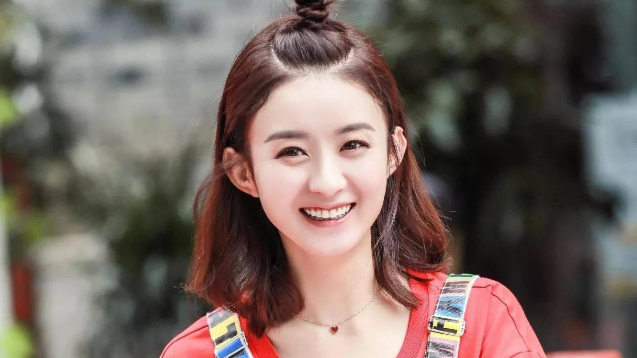 """结婚两年堪比""""整容"""",冯绍峰还是原来模样,而赵丽颖却换了个人"""