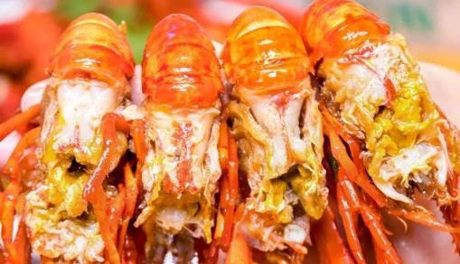 """虾头里的到底是""""屎""""还是""""黄""""?现在还不懂,吃了也是白吃"""