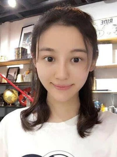 """最美演员徐婷:被全家""""吸血""""五年,26岁患癌全身溃烂死在北京"""