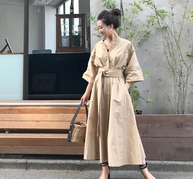 """日本主妇的""""高级穿搭""""走红ins:40岁,不过是新的20岁"""
