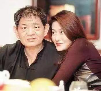 18年前,29岁陈宝莲纵身一跃,留下生父未知的婴儿今像极了黄任中插图46