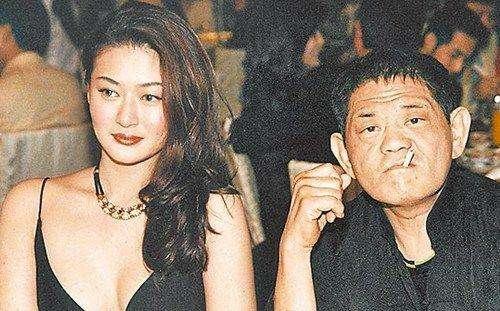 18年前,29岁陈宝莲纵身一跃,留下生父未知的婴儿今像极了黄任中插图28