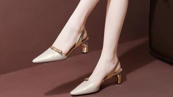 """今年最流行""""异形跟"""",设计感满满的高跟鞋,夏天穿上超吸睛!"""
