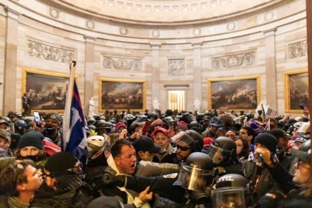 4000名武装者或围击国会,拜登就职典礼告急,美议员:威胁毛骨悚然