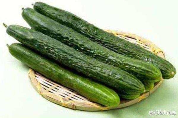 夏天吃黄瓜能消暑减肥,但不能随便乱吃,这些禁忌你知道么?