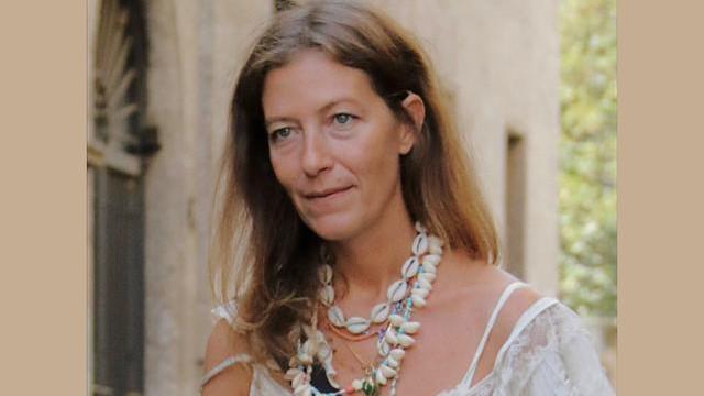 柔美的珍珠贝壳项链,时尚而又靓丽,教你演绎万种淑女风情