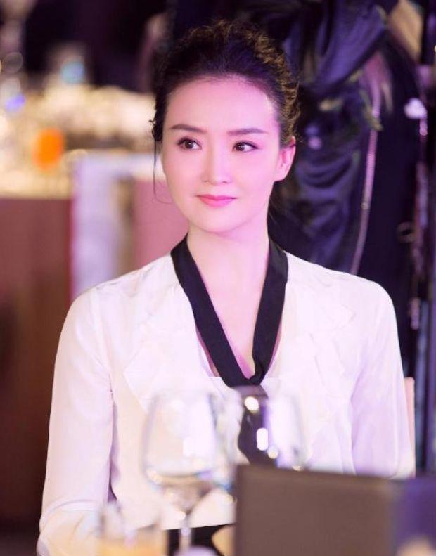 王艳自认长得不够美演不了朱七七,看完当年的定妆照,谁能够相信