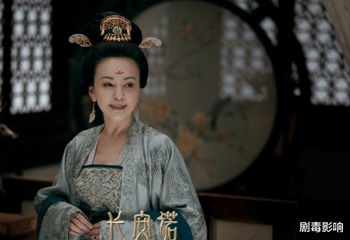 比成毅年纪小,却在《长安诺》演三嫂,演主角不火演配角终获认可